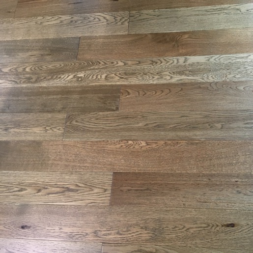 White Oak Character Grade 1.2mm Wear Layer Engineered Prefinished Flooring