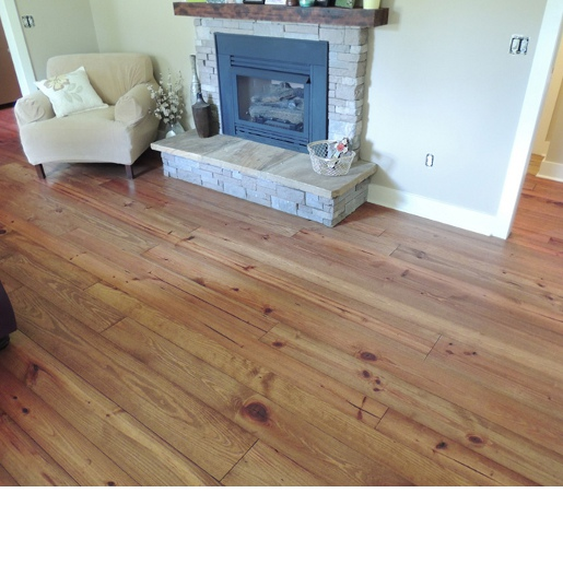 Heart Pine Character Grade 3.2mm Wear Layer  Engineered Prefinished Flooring