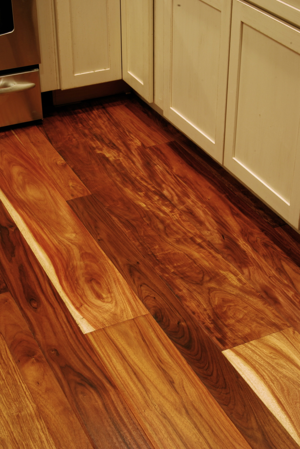 Para Rosewood Wide Plank Prefinished Mixed Grain Lodge 3785